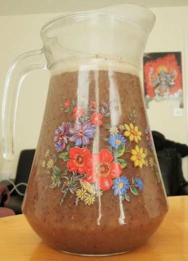 homemade mixed-fruit-juice-raisins-currants-sultanas