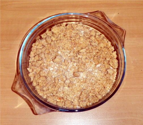 vegan-apple-crumble-before-cooking