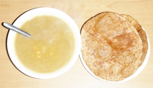 flat-bread-puri-poori-indian-chana-chick-pea-soup
