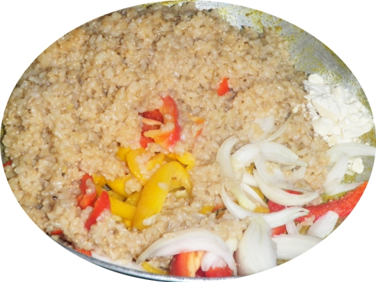 fried-rice-pudding-peppers-paprika