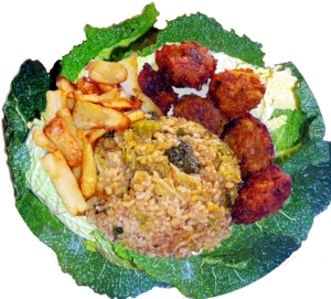 savoy-cabbage-parsnip-fried-rice-chips-leaf-plate