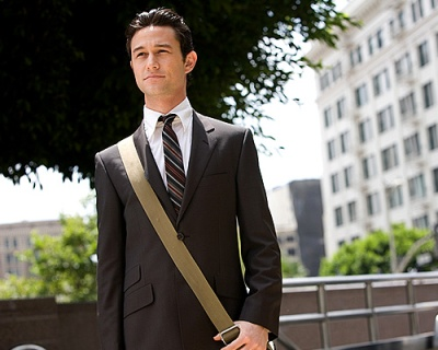Photo credit - http://www.empireonline.com/images/features/10-actors-who-could-take-over-spider-man/joseph-gordon-levitt.jpg