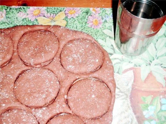 sweet-fried-doughnut-donut-cut-cutter-shape-balls