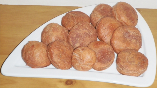 sweet-fried-doughnuts-donuts