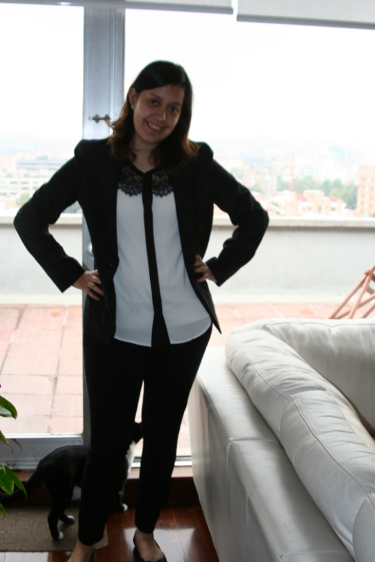 Smart and chic? Very in classic monochrome colour blocs yet with feminine details. Comfortable yet classy.