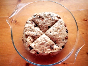 4-round-pan-rustic-raisin-bread-dough