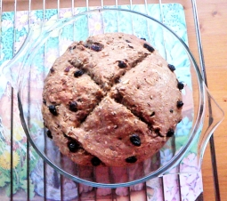 6-rustic-raisin-bread-vegan-round