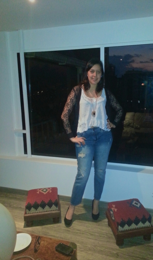 Black lace shrug bolero White Vest Sun Top Cami Ripped Jeans Denim Heels