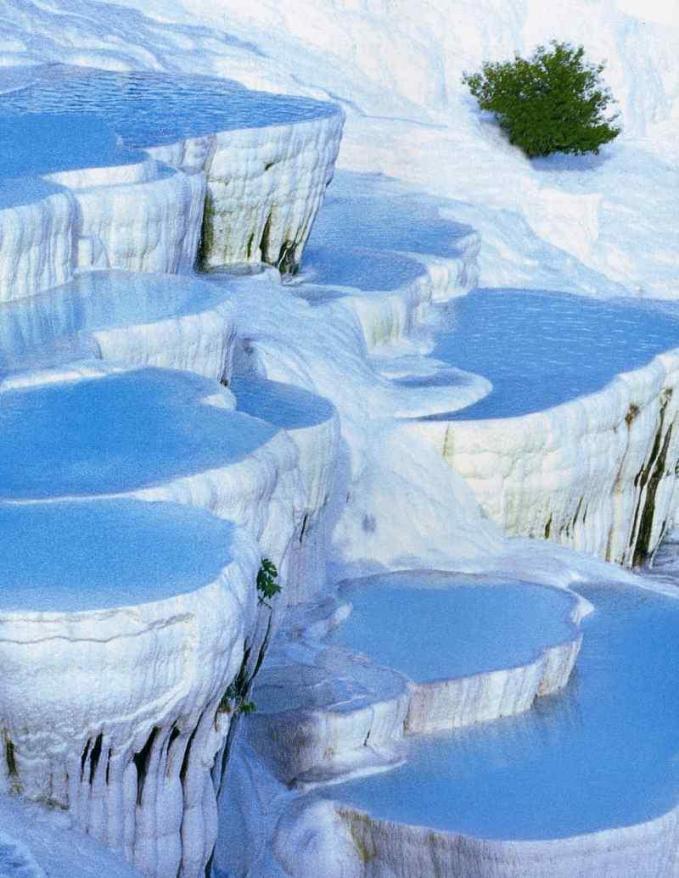 cotton-castle-pamukkale-thermal-springs-baths-turkey