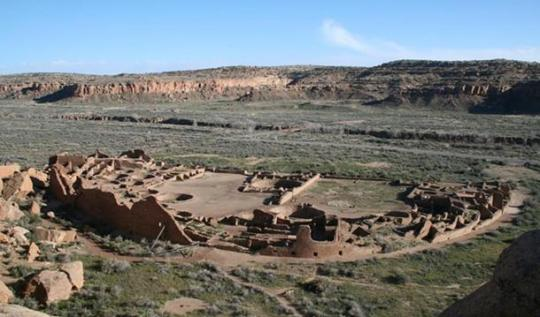 Pueblo Bonito, the largest great house in Chaco Canyon, New Mexico. (public domain)