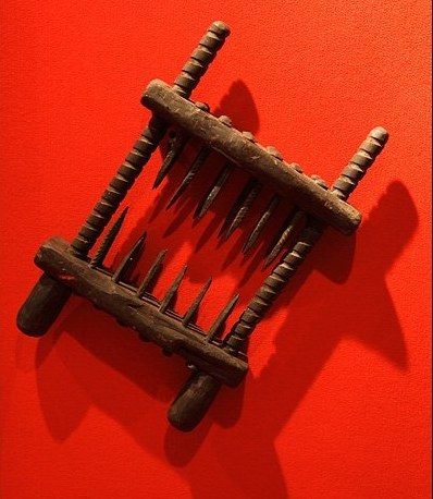 medieval-torture-devices-knee-splitter